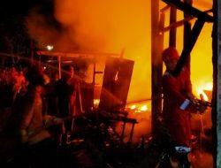 Kongslet, Rumah Ludes Terbakar