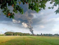 Proses Pemadaman Kebakaran Pertamina Masih Berlangsung. Wabup Minta Warga Tenang