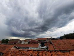Hujan Masih Terjadi di Awal Kemarau. Ini Penjelasan BMKG