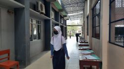 Hari Pertama Sekolah, Baju Seragam Sudah Kecil dan Asing dengan Teman Sekelas.